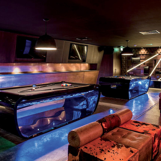 BILLARD BLACKLIGHT SALLE DE BILLARD DUBAI 2